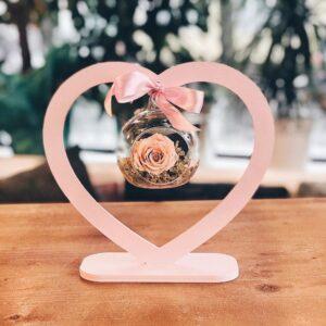 Inima frame cu trandafir criogenat